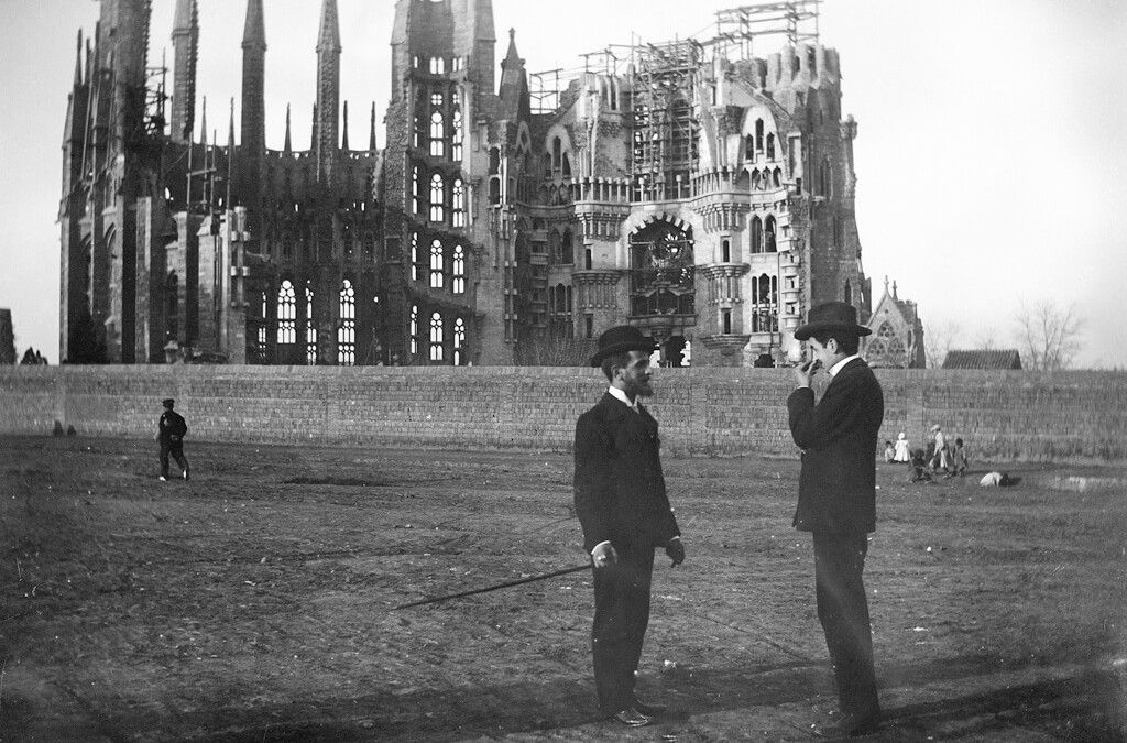 The origins of Sagrada Familia or how a universal work begins