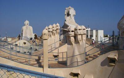 La Pedrera de Barcelona: l'obra mestra de Gaudí i algunes bromes sobre ella